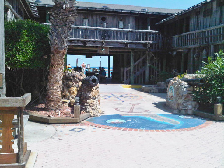 Driftwood Inn and Restaurant