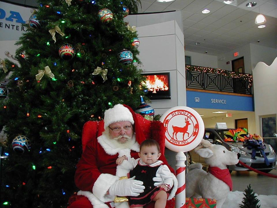 Santa Visits At Vatland Honda