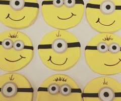 Adorable Minion Cookies